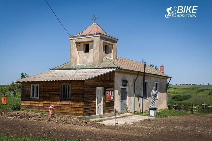 probikeaddiction cicloturism Biserica Sf. Nicolae Tautesti 2